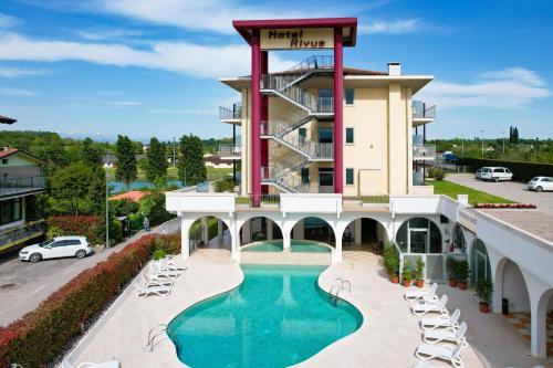 . Hotel Rivus