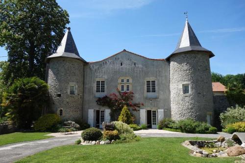 Château de Vidaussan - Accommodation - Labroquère