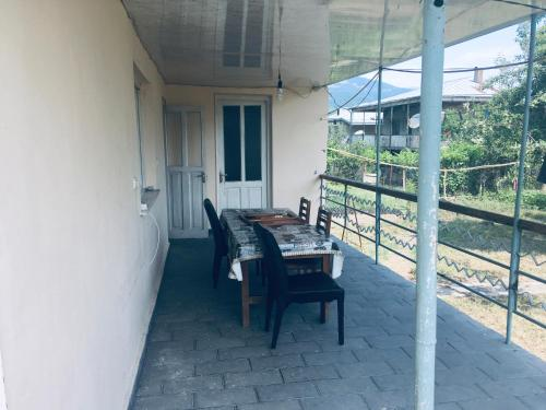 Guest house 1 - Apartment - Ananuri