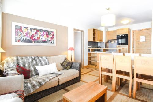 2 Bed Ski in and Ski out Luxury Apt in 5 star Residence - Hotel - Flaine