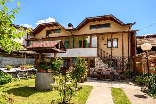 Къща за гости Даутев Връх Bansko