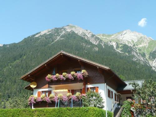 Haus Dönz - Hotel - Klösterle am Arlberg