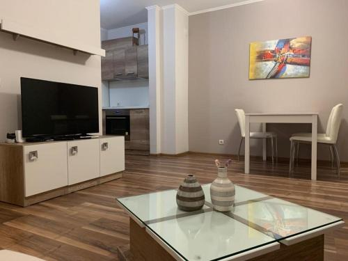 Modern New apartment w/AC and Hill View - Hotel - Plovdiv