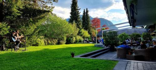 . Hotel Alpine Lodge