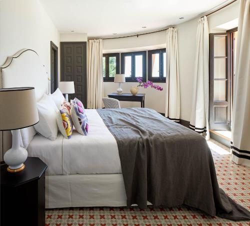 Suite Junior con vistas al mar Soho Boutique Castillo de Santa Catalina 17