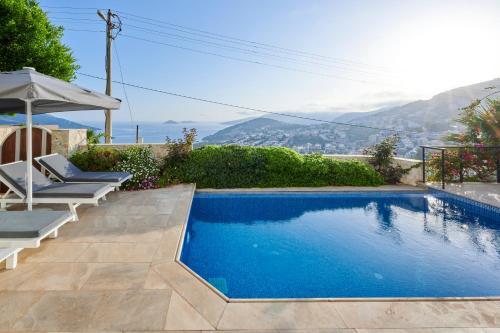 Luxus Villa mit 5 Schlafzimmern & Meer-Blick - Accommodation - Kas