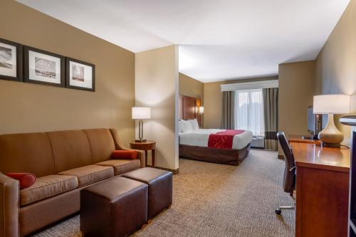 Comfort Suites North Knoxville - Hotel