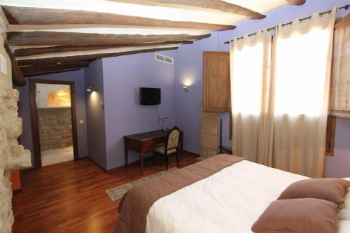 Superior Double Room Hotel del Sitjar 35