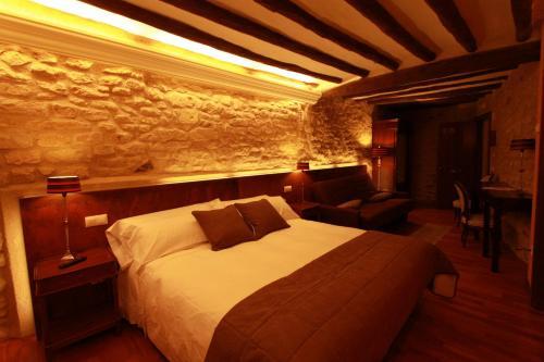 Superior Double Room Hotel del Sitjar 36