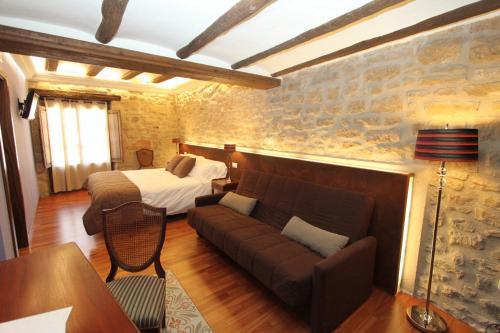Superior Double Room Hotel del Sitjar 26
