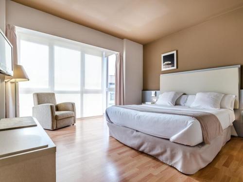 Double or Twin Room - single occupancy Hotel Nagusi 9
