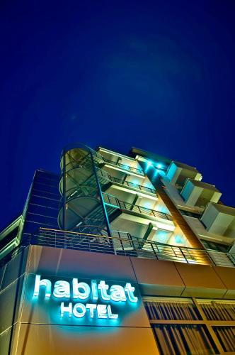 . Habitat Hotel