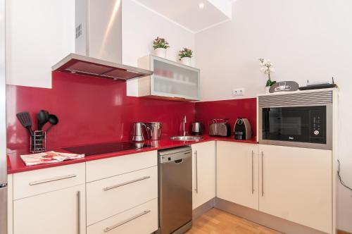 Pelayo Deluxe Apartments photo 4