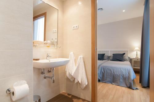 Pelayo Deluxe Apartments photo 11