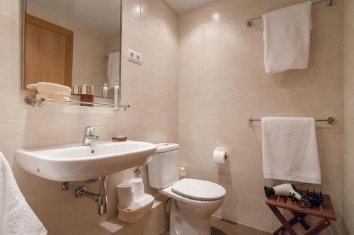 Pelayo Deluxe Apartments photo 14