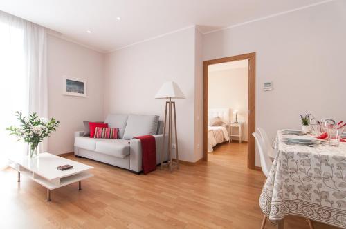 Pelayo Deluxe Apartments photo 20