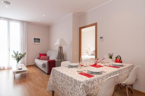 Pelayo Deluxe Apartments photo 21
