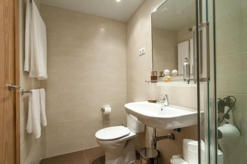 Pelayo Deluxe Apartments photo 33