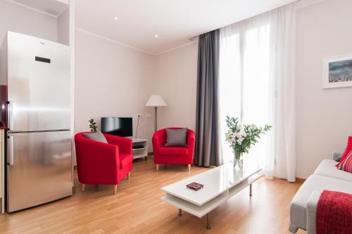 Pelayo Deluxe Apartments photo 34