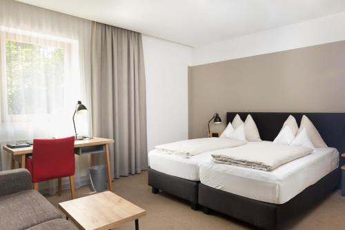 Gasthof Maxlhaid - Accommodation - Wels