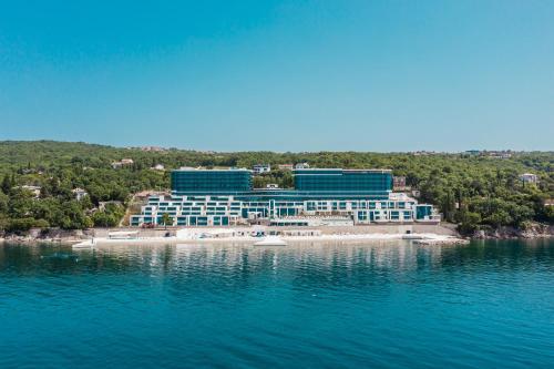 Hilton Rijeka Costabella Beach Resort And Spa - Accommodation - Rijeka