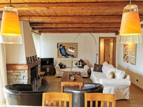 Hostdomus - Chalets Charm - Apartment - Sestrière
