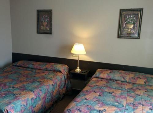 Bonnyville Hotel - Bonnyville, AB T9N 2G3