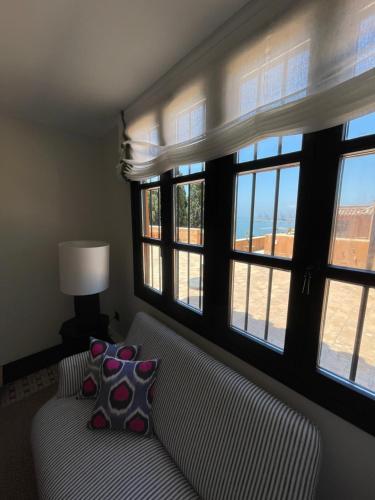 Suite Junior con vistas al mar Soho Boutique Castillo de Santa Catalina 20