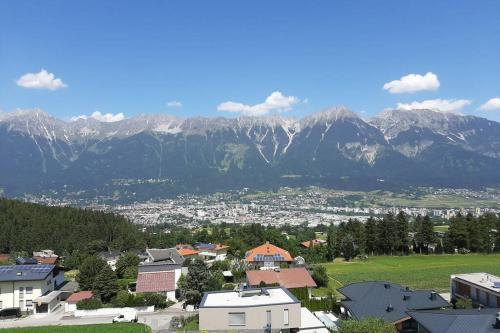 """""""Ferien wie damals"""" - Fewo im Grünen mit Weitblick Innsbruck - Igls"""