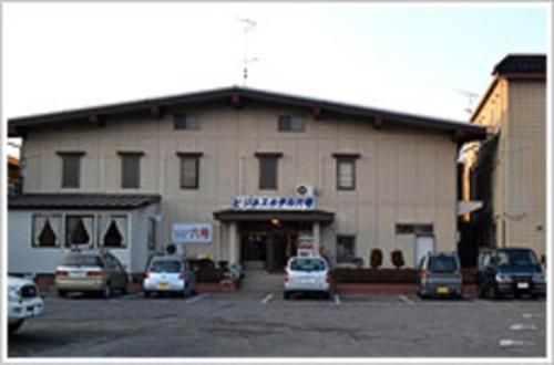 ビジネスホテル六号