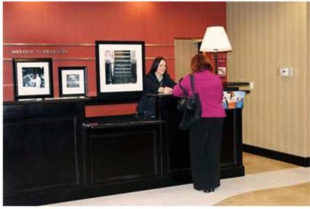 Hampton Inn&Suites Roseville - Hotel