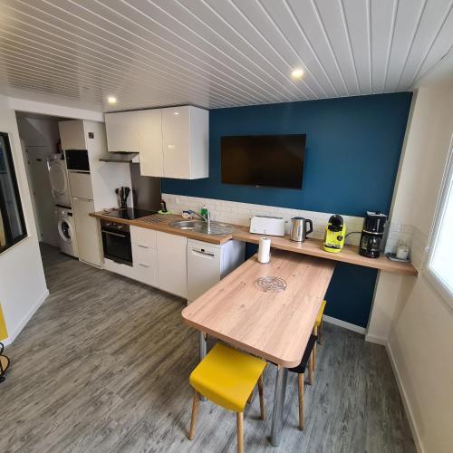 T2 GUYNEMER Plage à 80m Linge de lit fourni 1 Chambre - Location saisonnière - Les Sables-d'Olonne