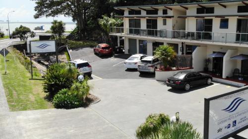 . Bay of Islands Gateway Motel & Apartments