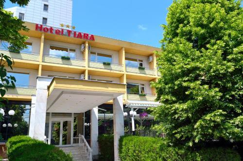 . Hotel Tiara