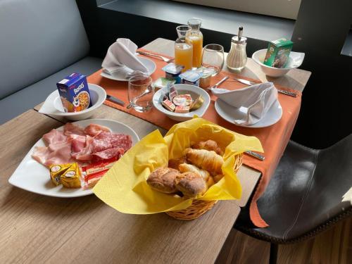 Hôtel Restaurant du Tremplin - Hotel - Bussang
