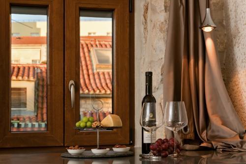 Luxury Studio Apartment Eminence Split in the old center of Split on Pjaca square - image 5