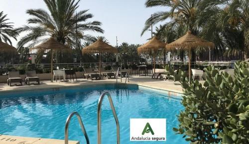 . Ohtels Gran Hotel Almeria