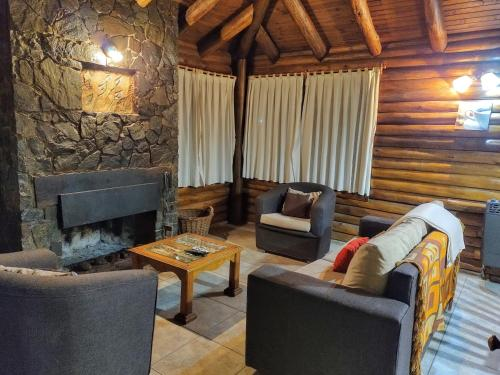 Mendoza Sol y Nieve - Accommodation - Potrerillos