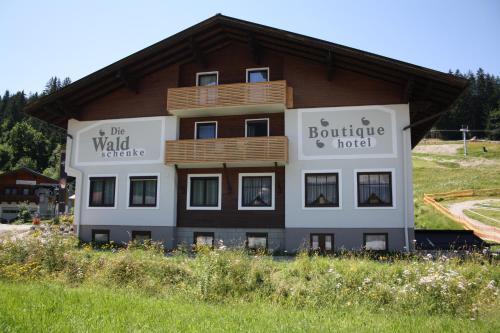 Boutique Hotel Waldschenke - Accommodation - Flachau