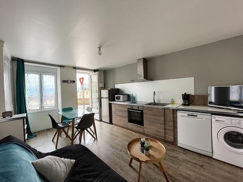 Appartement Granville, 2 pièces, 2 personnes - FR-1-361-386 - Location saisonnière - Granville