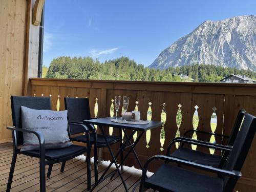 Grimmingblick Apartment 206 by AA Holiday Homes Tauplitz