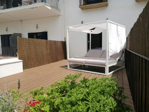 Habitación Superior con terraza y vistas al jardín - 2 camas individuales - Uso individual Hotel Trias 9