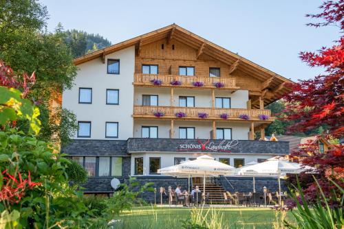 SCHÖNIS Landhotel - Hotel - Bad Mitterndorf