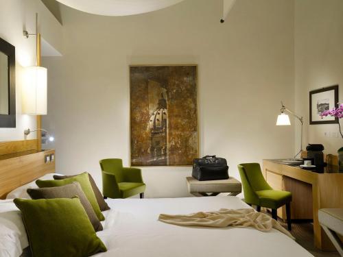 Via Del Babuino 181, Rome, 00187, Italy.