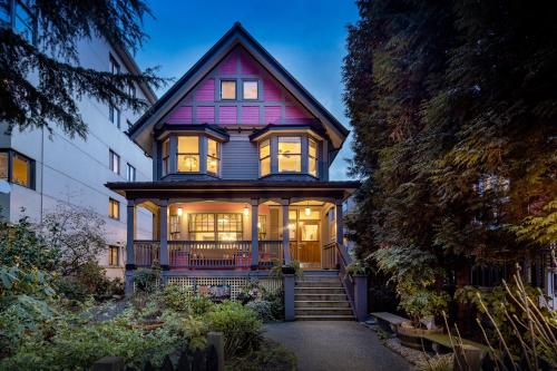 West End Guest House - Accommodation - Vancouver