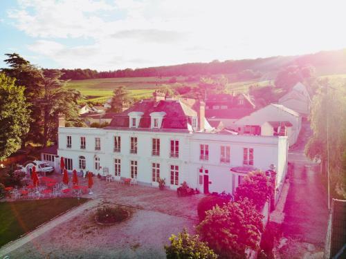 Chateau de la Marjolaine - Hôtel - Essômes-sur-Marne