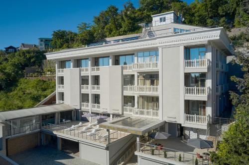 Бутик отель Родина - Hotel - Lazarevskoye