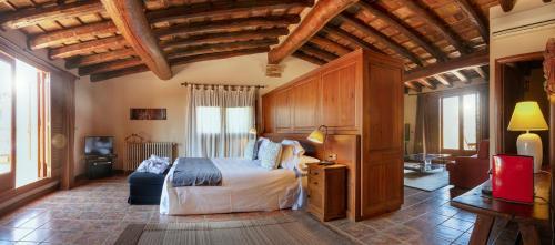 Suite con bañera de hidromasaje y terraza  Hotel-Hostal Sport 9