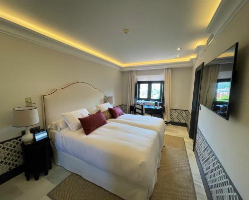 Suite de 2 dormitorios Soho Boutique Castillo de Santa Catalina 10