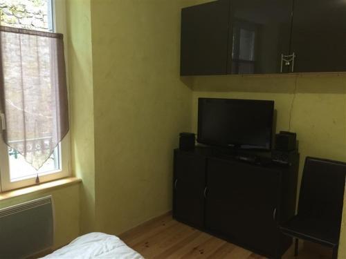 Appartement Mont-Dore, 3 pièces, 6 personnes - FR-1-415-10 - Apartment - Le Mont-Dore